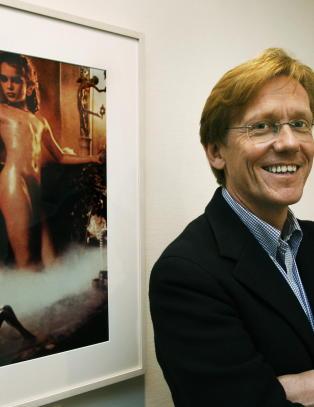 Vurderer � politianmelde Astrup Fearnley-museet for �pornografisk bilde av en 10-�ring�