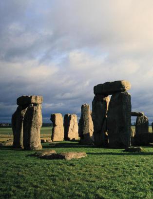 Arkeologer har gravd fram �Stonehenges krybbe�