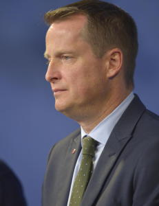 Innenriksministeren: - Sverige innf�rer midlertidig grensekontroll