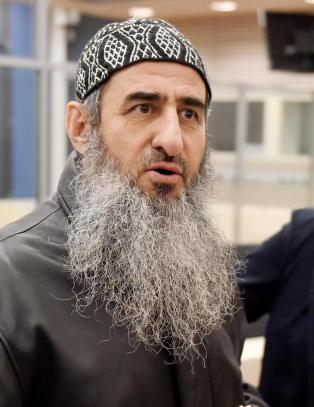 - Krekar snakket om � bombe fengselet