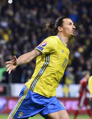 Zlatan br�t sin Danmark-forbannelse da svenskene tok f�rste stikk