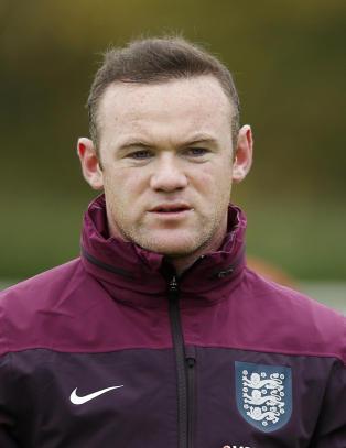 Da han h�rte om terroren i Paris, ringte bekymret Rooney til lagkameratene sine