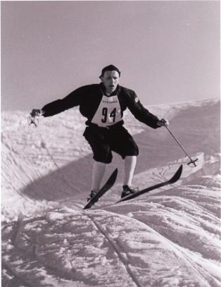 Norge m� spille fotball med ski p� beina
