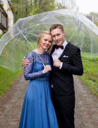 TV-paret skilte seg etter fem uker - nå er den ene nyforelska