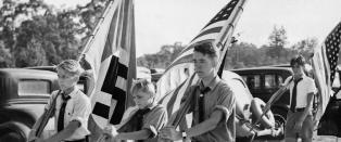 N� er den tidligere nazilandsbyen utenfor New York saks�kt for rasisme