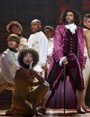 USAs f�rste politiske sexskandale er blitt en braksuksess p� Broadway
