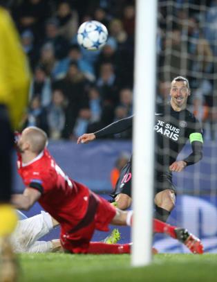 Malm� i ekstase etter 0-5-tap. Utrolige scener da Zlatan ble hyllet