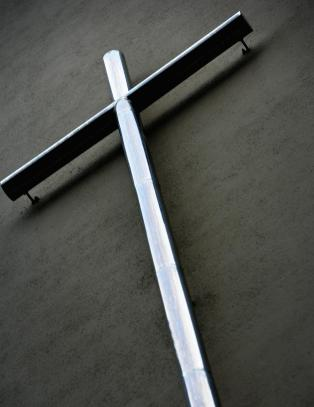 Skal vi ta bort korset?