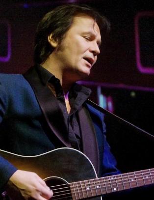 Gjennomf�rer konserter etter datterens d�dsfall