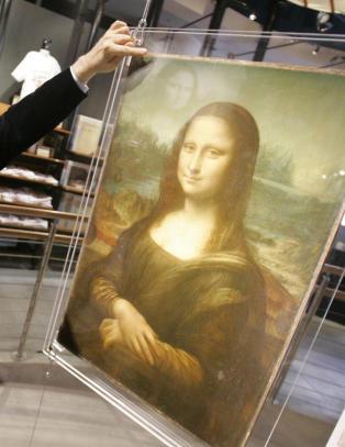 Hevder � ha oppdaget en annen kvinne under Mona Lisa