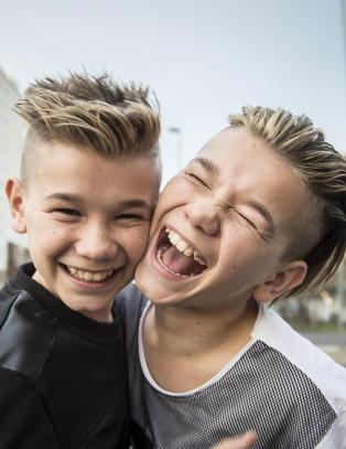 Marcus (13) og Martinus (13) vil gj�re som Bieber - dr�mmer om � fylle Madison Square Garden
