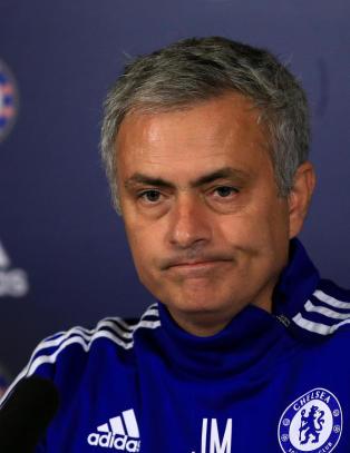 Hevder Chelsea holder ekstraordin�rt styrem�te om Mourinhos framtid i dag