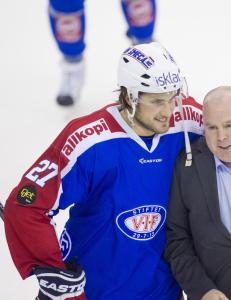 Ropte �j�vla sig�yner�: - Det er ikke slik vi �nsker i norsk ishockey