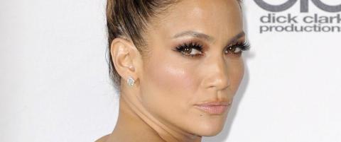 Jennifer Lopez avsl�rer sine skj�nnhetstriks