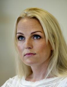 Guro Fostervold ble sparket - stevner Viasat for retten