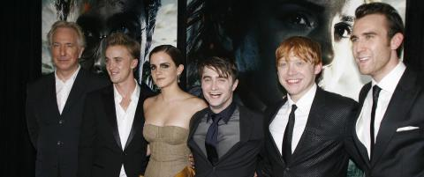 Slik hedrer �Harry Potter�-stjernene avd�de Rickman:  - Han var en fantastisk mann