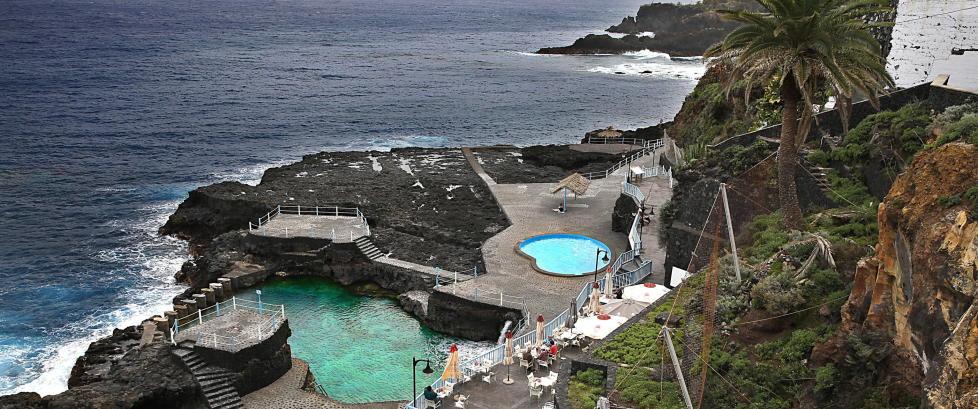 350 000 nordmenn velger Gran Canaria og 100 000 Tenerife. Nesten ingen drar til La Palma, som bare kalles �Den vakre �ya�