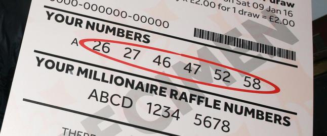 Britisk kvinne: - Jeg puttet lodd verdt 413 millioner i lomma. S� havnet det i vaskemaskinen