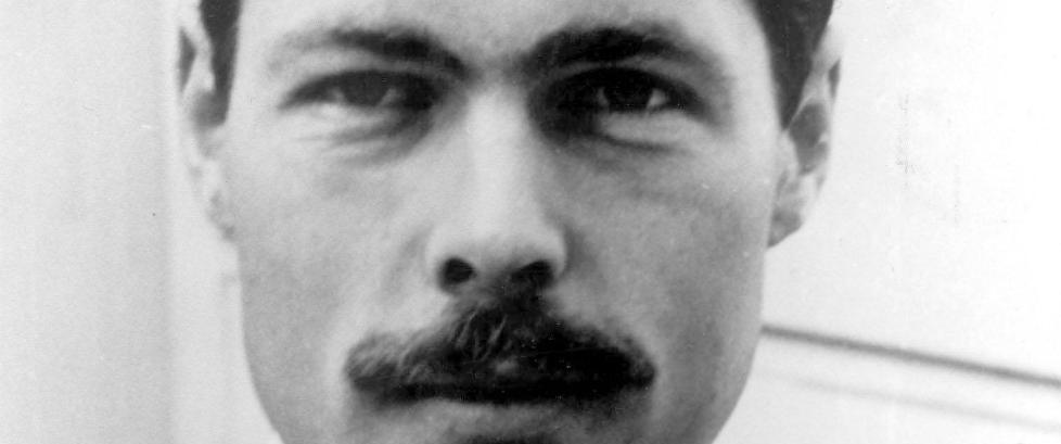 Lord Lucan forsvant sporl�st da barnepike ble brutalt drept i 1974. N� kan s�nnen arve han