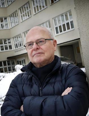 AFP-pensjonisten Nils (65)  taper tusener p� � jobbe: - Helt ubegripelig, og dypt urettferdig