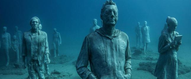 39 000 nordmenn reiser til Lanzarote hvert �r. N� senkes 300 skulpturer ned i havet rett utenfor