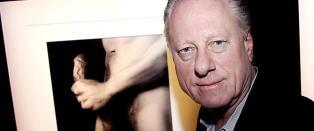 - Hensikten med �+ Munch�-serien er � provosere