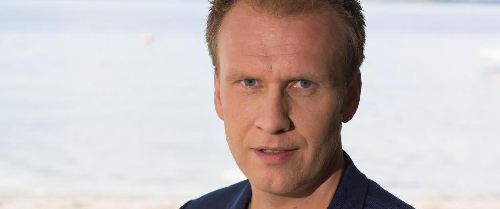 Atle Bjurstr�m fikk applaus p� allm�te foran NRK-sjefer