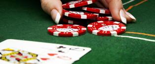 Dropper pokerskatt: Urimelig � beskatte �tilfeldige gevinster�
