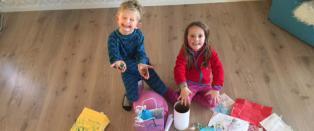 Var lei kj�pepress: S� glade ble tvillingene etter at mamma tok grep