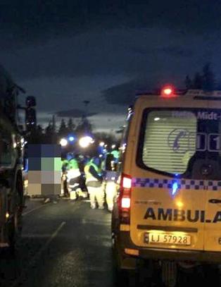 To personer omkom etter frontkollisjon - flere alvorlige skadd