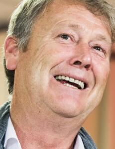 Hareide skal bruke fotball-EM til � studere rivalene