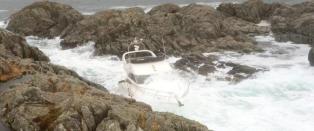 Million-yacht falt av lasteskip: - Bare pinneved igjen