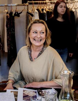 Kjolene til norske Tine Mollatt f�r kjendisene til � st� i k�