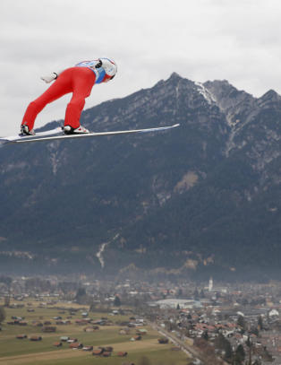 Vil ha norsk hoppuke neste vinter