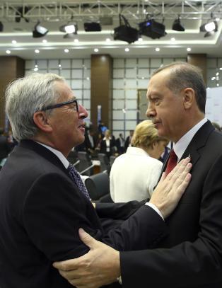 Erdogan truet med � oversv�mme Europa med flyktninger