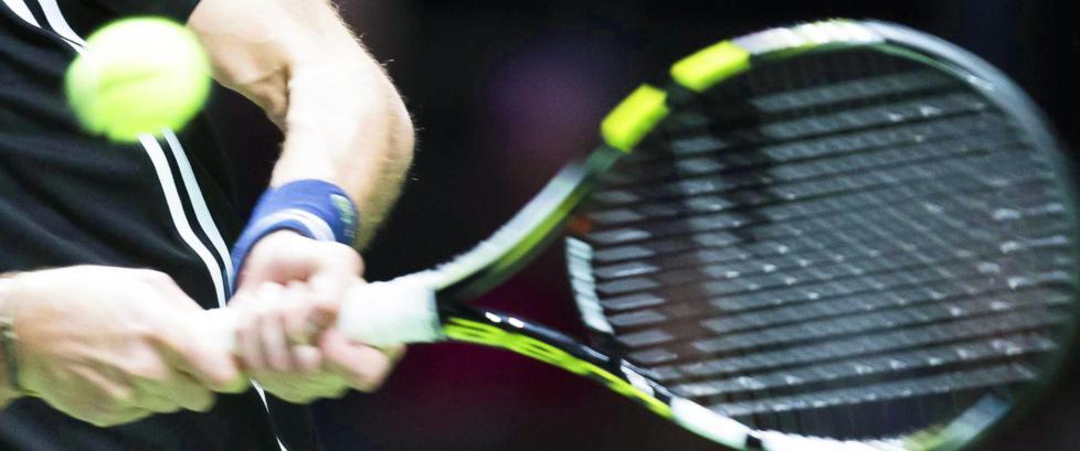 To tennisdommere utestengt for korrupsjon
