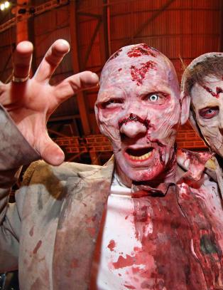 Sikret zombiesuksess med lege som sminkeansvarlig: - Du vil se b�de lunger og lever i forr�tnelse