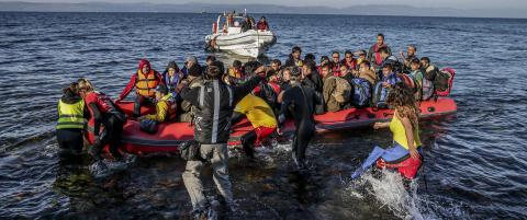 EU gir Hellas tre m�neder p� � f� skikk p� grensekontrollen