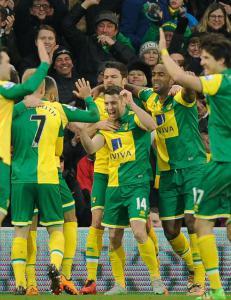 Norwich ledet 2-0 og hadde god kontroll - s� gikk det meste galt