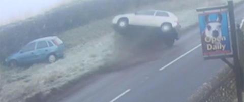 Bilene ligger str�dd: Politiet advarer britene mot skrekkf�re