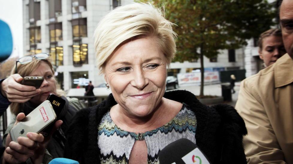 KAN SMILE: Siv Jensen og Frp er tilbake i medvind og scorer bedre p� Dagbladets nyeste partibarometer enn partiet har gjort siden f�r valget i 2013 NINA HANSEN / DAGBLADET