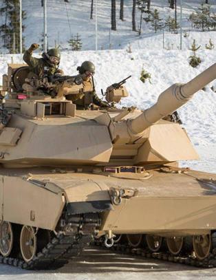 Amerikanske marinesoldater ble som �Bambi p� glattisen� under norsk �velse