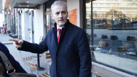 MISTER TILLIT: Ap-leder Jonas Gahr St�re g�r kraftig tilbake p� statsministerm�lingen for februar. Foto: Vidar Ruud / NTB scanpix