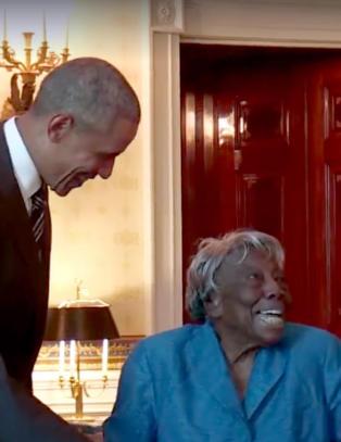 18 presidenter har hatt makten siden Virginia (106) ble født - danser av glede når hun møter Obama