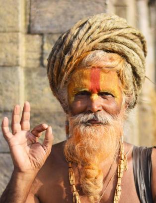 Ett år etter jordskjelvet i Nepal, jobber landet hardt for å vinne turistene tilbake