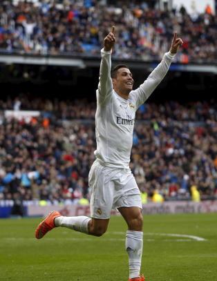 - Ronaldo er p� sitt beste. Teatralsk og ekstrem