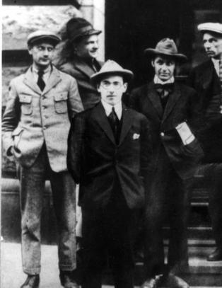 Einar Gerhardsen kom tilbake fra Lenins Sovjet-Russland som troende kommunist