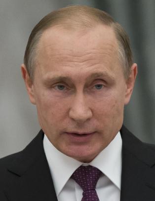Putin kunngj�r: Russland skal starte tilbaketrekning fra Syria - i morgen