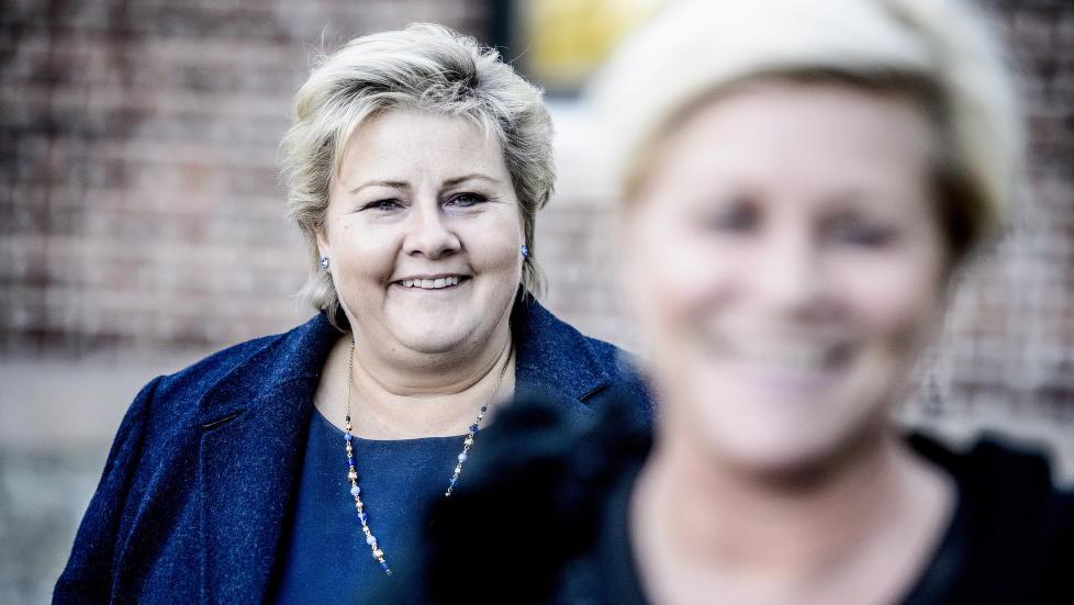 KAN SMILE BREDT: Erna Solberg bykser fram p� Dagbladets nyeste partibarometer. Siv Jensen i forgrunnen g�r merkbart tilbake. Foto:Thomas Rasmus Skaug / Dagbladet