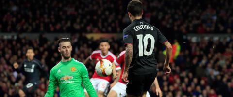 Coutinho hylles etter dr�mmescoringen som fikk Old Trafford til � m�pe